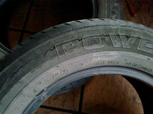 Crack tire